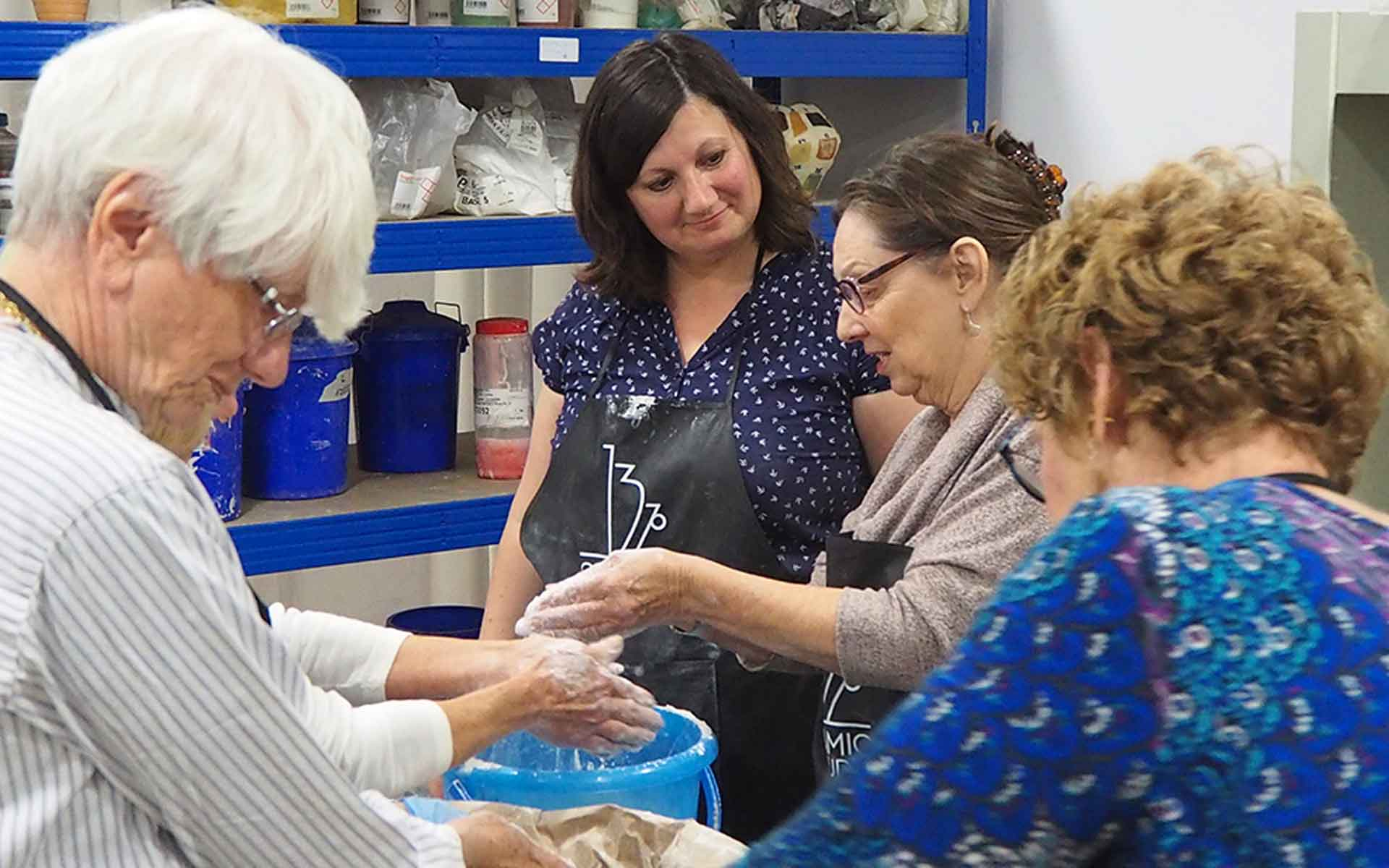 international pottery workshops