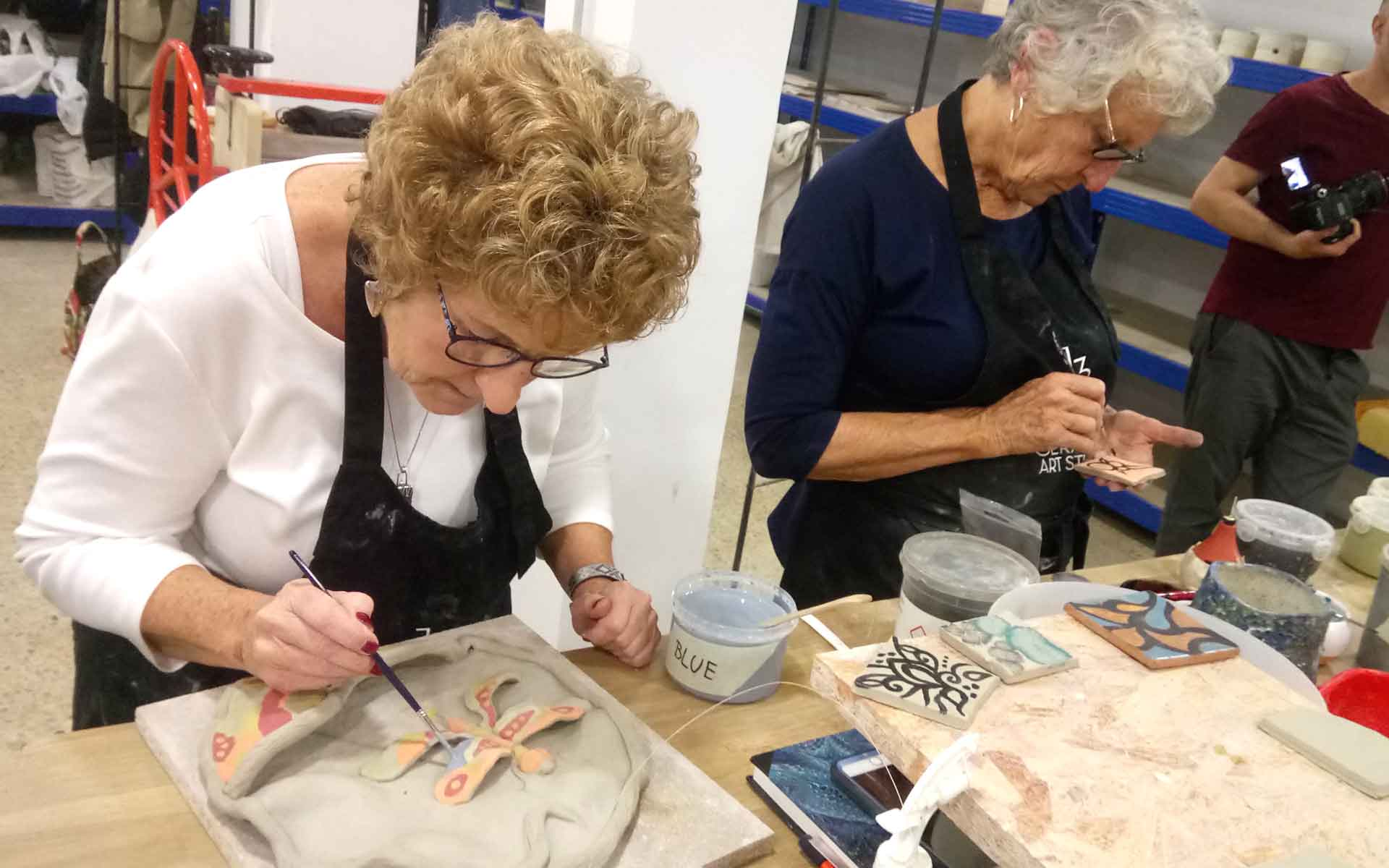 international pottery workshops